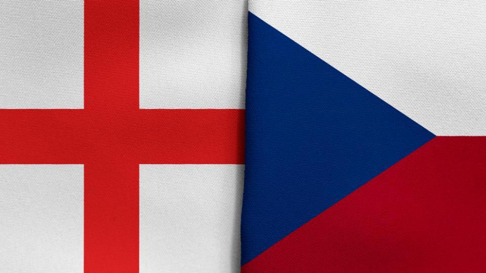 Czech republic vs England Flags